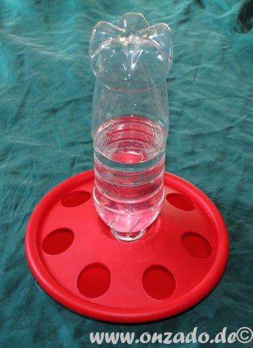 Innovative Kükentränke aus Kunststoff