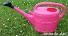 Stallgießkanne 10 Liter pink aus Kunststoff mit Brause