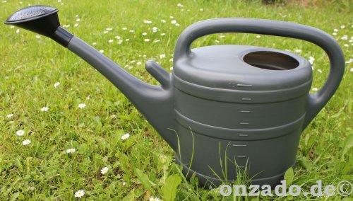 Stallgießkanne 10 Liter anthrazit aus Kunststoff mit Brause